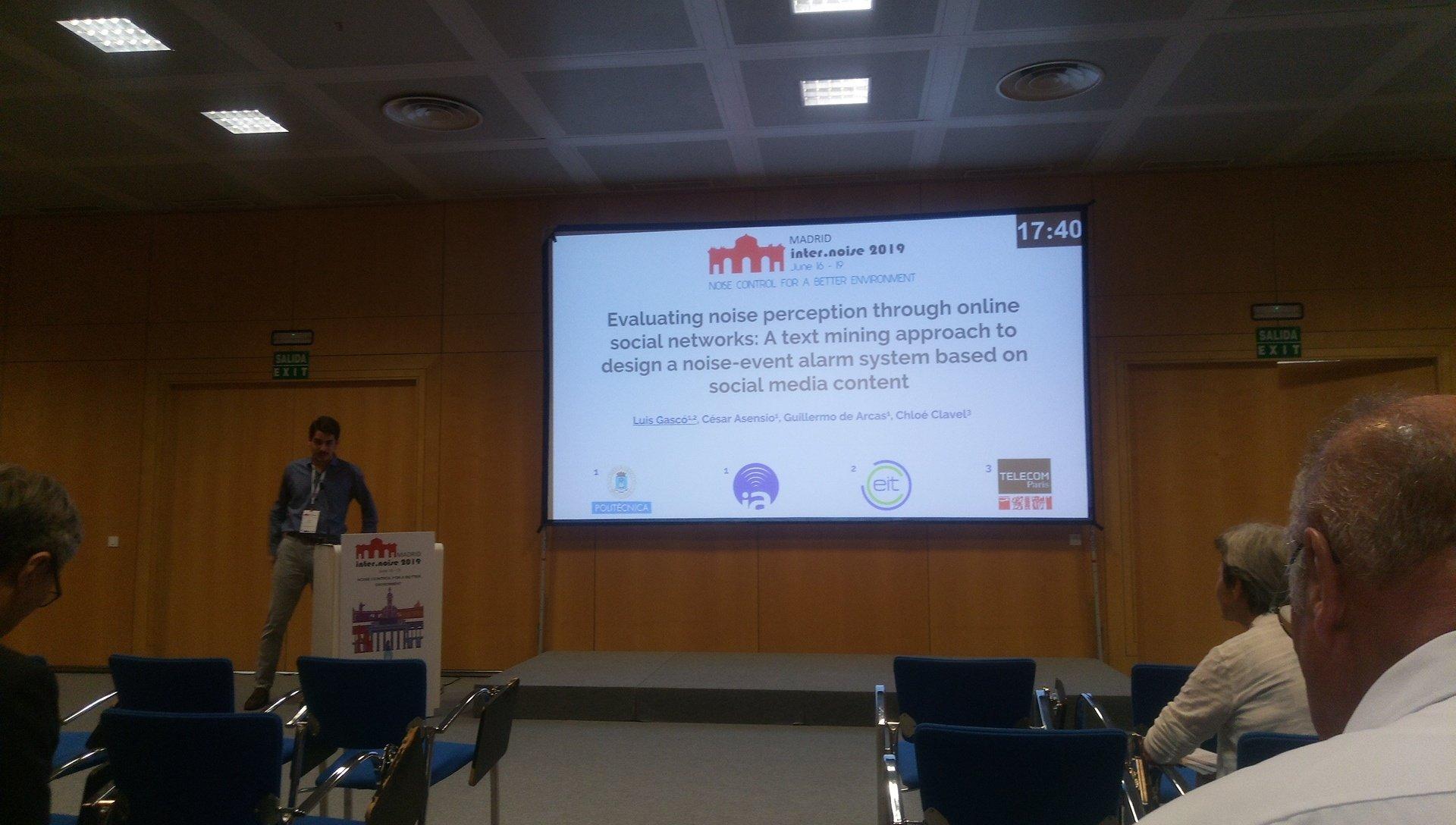 Luis Gascó presentado su investigación sobre el uso de RR.SS en la gestión del ruido